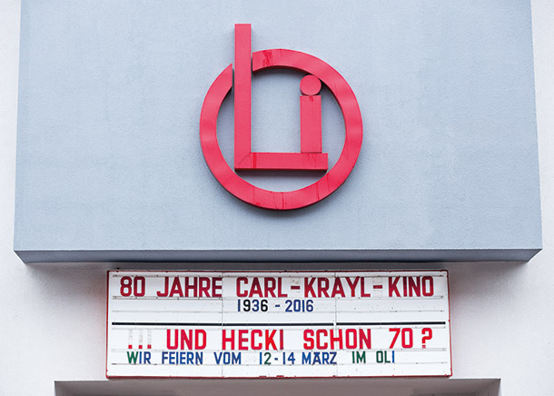 OLi-Kino Fassade 80 Jahre
